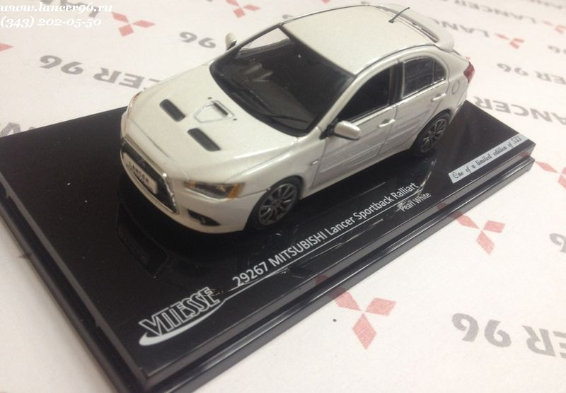 Модель автомобиля Lancer X Sportback Ralliart 2010 White